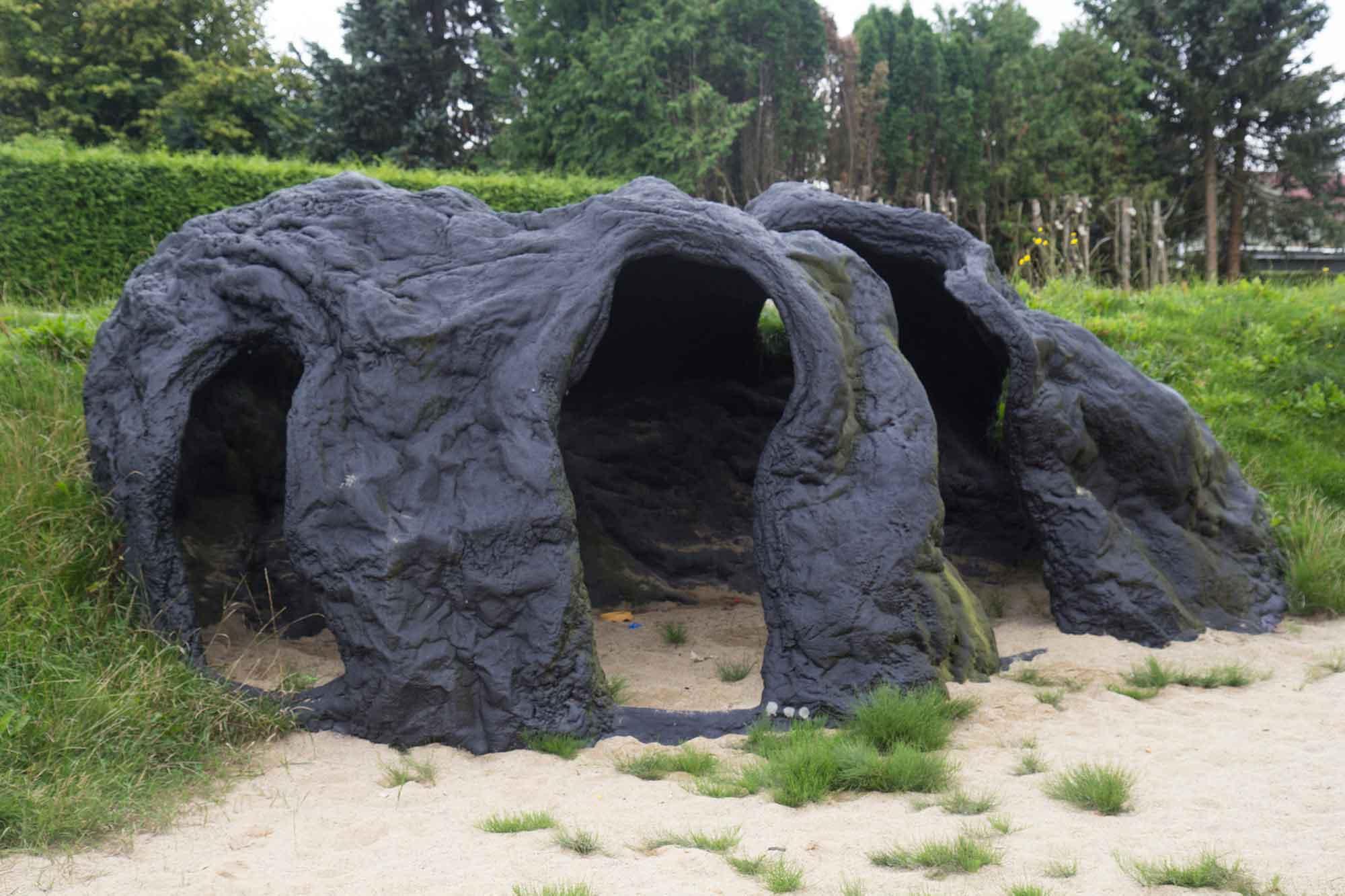 grotto_small_02
